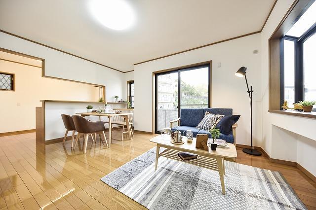 シンプルなリゾートスタイルの暮らしやすい家 YOKOHAMA MINAMIŌTA